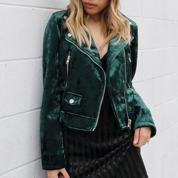 0798a338ee1 Forever 21 Jackets   Blazers - Hunter Green Crushed Velvet Moto Jacket